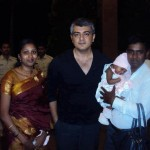 Ajith's Latest Pic with a Family in Bangalore