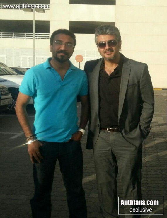 Thala Ajith with fans from Film shooting Dubai. Thanks for sharing Nitin Prathap.