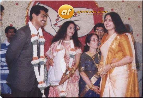 Actress Sukanya With Ajith Shalni On Their Wedding